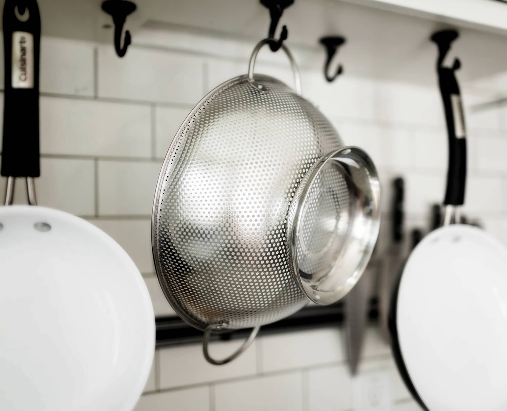 Big Riveted Handles help Benchusch Premium Stainless Steel Colander easy to hold in the kitchen
