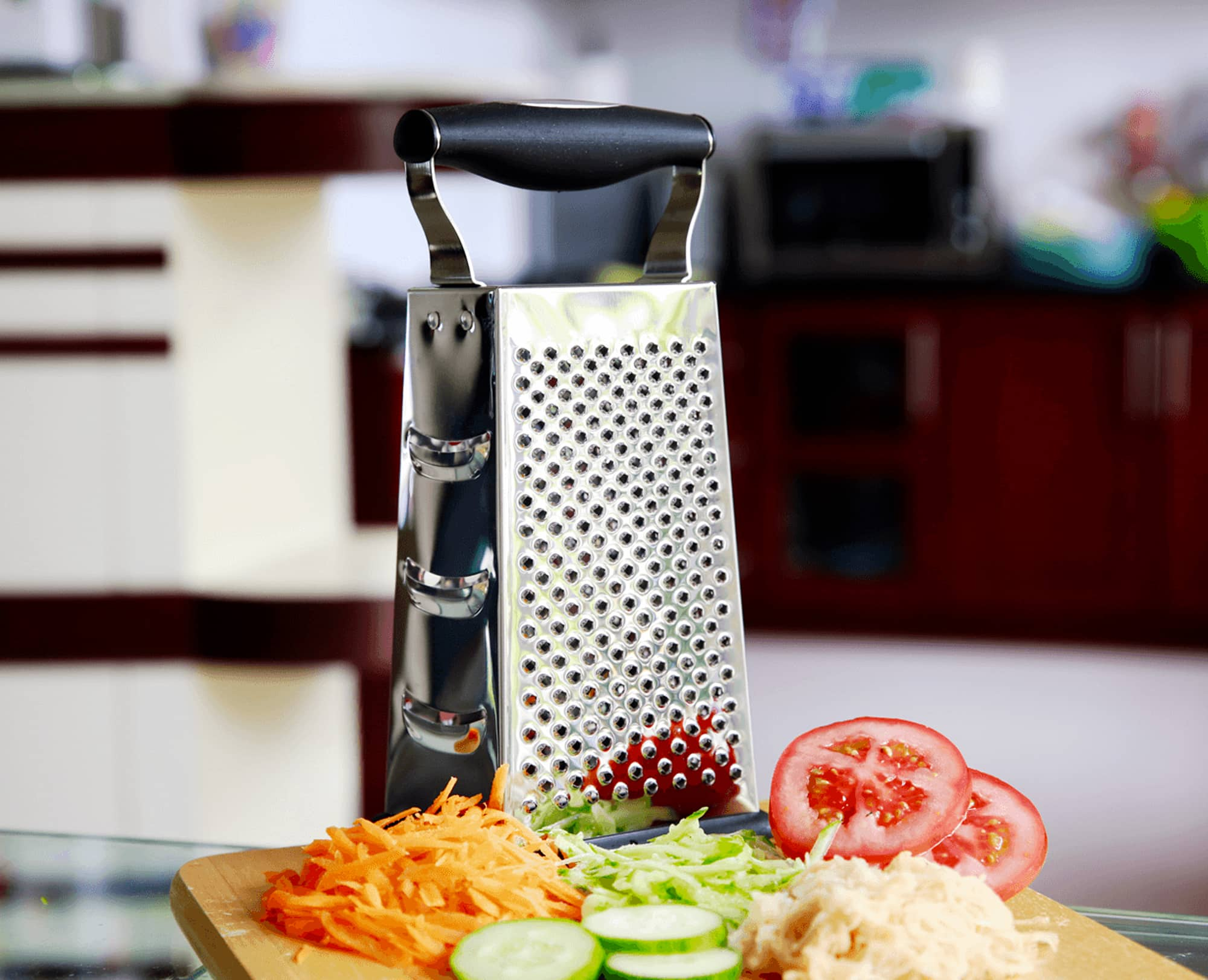 Grated Vegetables with Benchsuch 4 side grater box in the kitchen